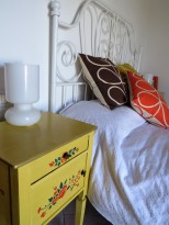 Bed 3 comodino